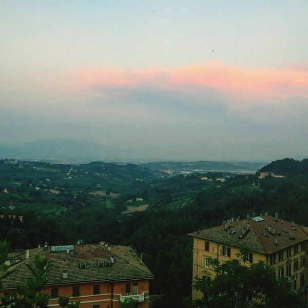 Perfect pink cloud Sunset Taking Photos Urban Views Perugia Italy Summertime