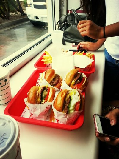 In &Out Burgers