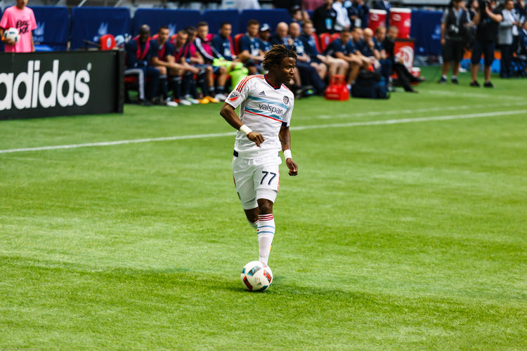 Football Fever looking to pass Sports Photography Chicago Fire Kennedy Igboananike