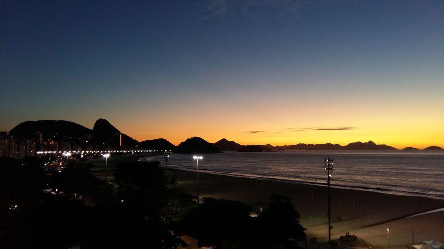 Amanhecer em Copacabana RJ