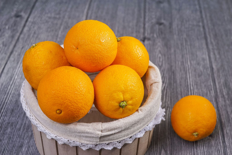 Fresh orange fruit Detox Orange Citrus Fruit Close-up Day Food Food And Drink Freshness Fruit Healthy Eating Indoors  No People Orange Color Table Vitamin Wood - Material