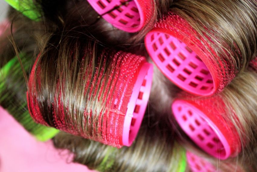 Woman's beauty routine Beauty Beauty Routine Close-up Curlers  Hair Hair Styling Hairstyle Pink Rollers