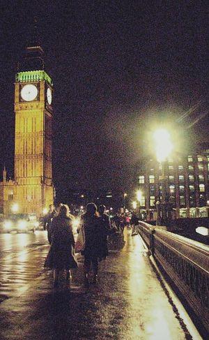 Hi! 4YearsAgo Travel Romantic Walking Around London