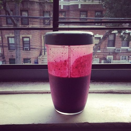 Goodmorningnyc Breakfast Beets Blueberries bananas 7sources flaxmilk organic