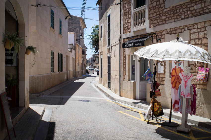 Street Architecture Day Outdoors City Built Structure Building Exterior Road Real People Adult People Adults Only Sky Santanyi Mallorca (Spain) Manuelkiese Mallorcaphotographer Mallorcaisland EyeEm