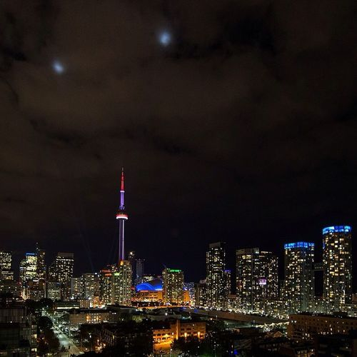 The Spectacular view of Downtown Toronto Tdot  To  from the roof of the Thompsonhotel Shot a Wedding there today! Torontoweddings Skyline Cntower Skydome Rogerscentre Fj5photography