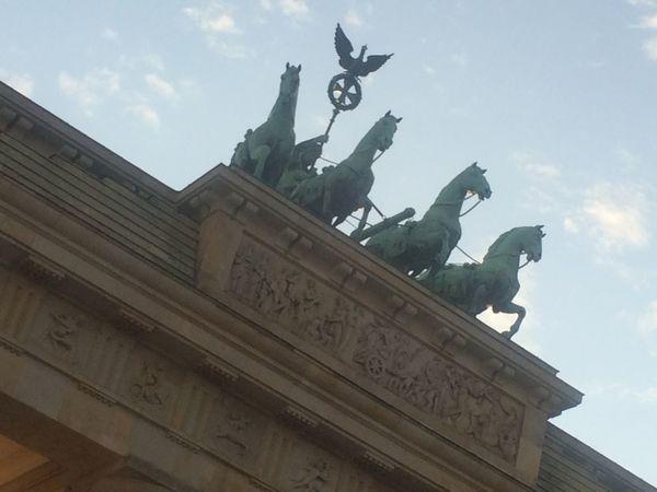 Architecture Berlin Brandenburger Gate Brandenburger Tor Historical Building Quadriga Retourkutsche Sightseeing Statue