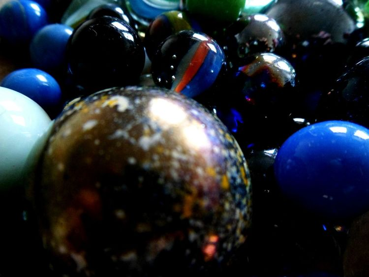 Macro Beauty Not losing these marbles Perspective From My Point Of View Macro_collection Macro Closeup Macro Photography NEM Still Life Close-up Marbles Focus On Background Abundance Choice Circle Differential Focus Image Focus Technique Indoors  Multi Colored No People Pattern Toy Variation