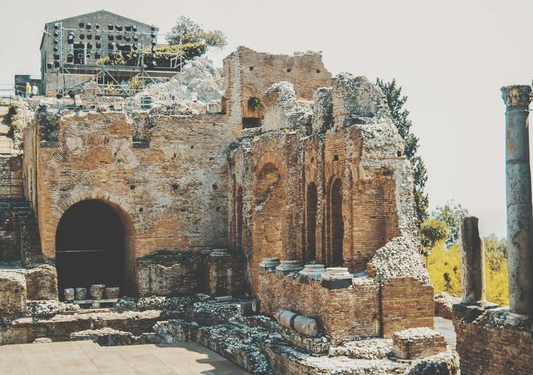 virtù EyeEm Selects Ancient Civilization Ancient History Architecture Sky Built Structure Civilization Deterioration Old Ruin Archaeology Amphitheater Historic Bad Condition Ancient Egyptian Culture Pyramid Abandoned Run-down Ancient Rome Damaged Shipwreck Broken The Past Egyptian Culture Athens Ruined Weathered Obsolete Discarded Rusty