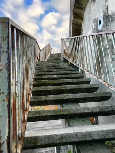Stairs Marches  Escalier Steps And Staircases Stairs Steps Lignes Lines Architecture Going Up Upstairs Là-haut What's up there?