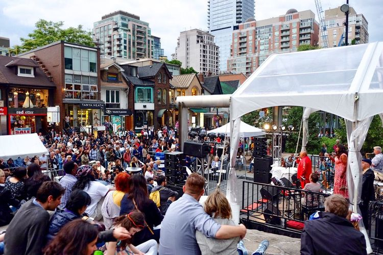 Toronto Jazz festival Outdoor Concert music brings us together Music Festival Jazz Concert Crowd Group Of People Large Group Of People Architecture Built Structure City Leisure Activity Lifestyles City Life The Street Photographer - 2018 EyeEm Awards #urbanana: The Urban Playground