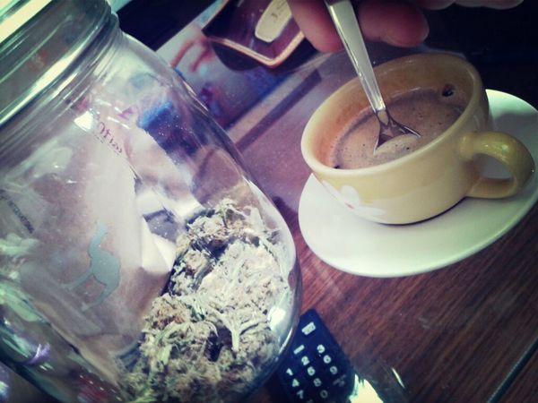 Sunday of coffee, weed & love ♥ Coffee Love Sunday Smoking Weed Weed