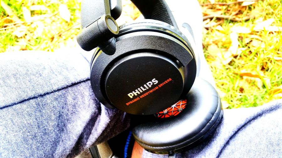 Headphones Phillips Listening Power