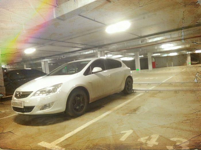 Astraj Opel Astra Parking Garage