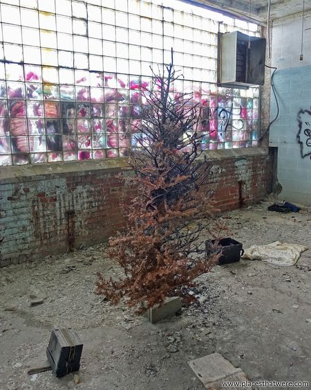 Merry Abandoned Christmas! www.placesthatwere.com Graffiti Architecture Built Structure Street Art Day Building Exterior No People