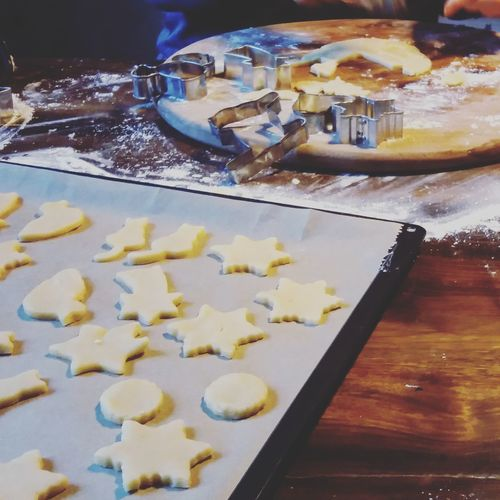 Food And Drink Sweet Food Preparation  Food No People Indoors  Ready-to-eat Sweet Pie Day Plätzchen  Baking Baking Cookies Baking At Home Weihnachten Xmas Christmas Spirit Chrismastime