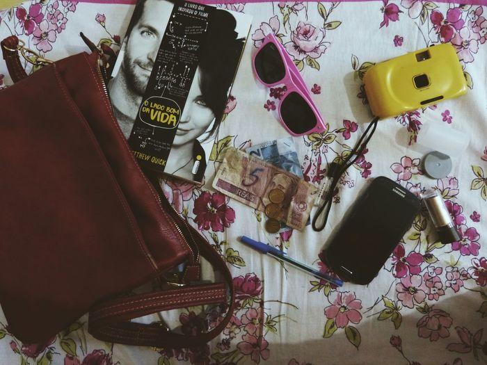 Essentials. Glasses Camera Silverliningplaybook
