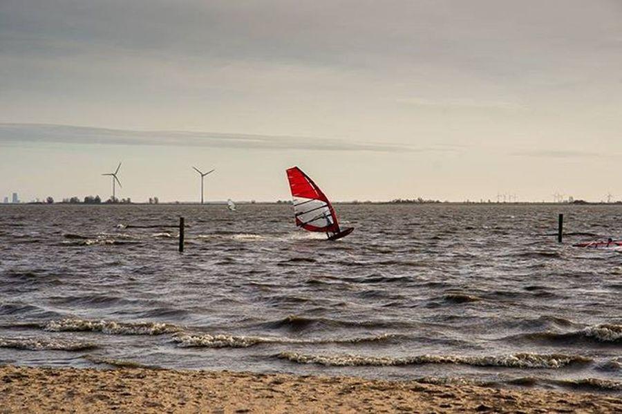 Surfing Ijsselmeer Netherlands Sonyalpha