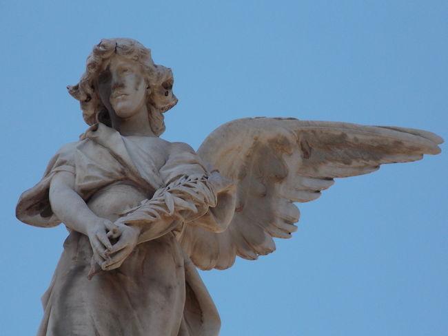 Angels Art And Craft Creativity Cultures Estatua Female Likeness Human Representation No People Sculpture Statue