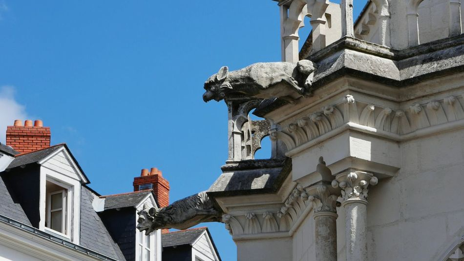 Gargouilles de la Basilique Saint Nicolas de Nantes - Tourism Architecture Travel Destinations Statue Gargoyle Statue Gargoyles Gargoyle Gargouille Clear Sky Religion Architectural Detail Sculpture Architecture_collection Bretagne Breizh Architecture Religious Architecture Religious Art Stone Material History France Statue
