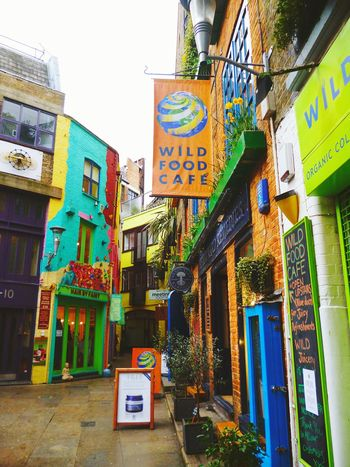 London Travel Photography Traveling Architecture_collection Neal's Yard Nealsyard Colors