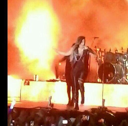Meu Deus nem acredito que fui no TNLT...amei foi perfeito ver a Demi de perto! Dancing Music