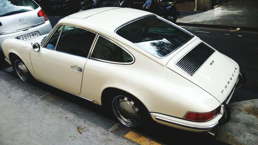 Old Car Porshe 912