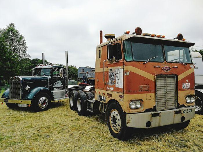 American trucks Kenworth Kenworthtrucks Diesel Americantruck 18wheeler Peterbuilt EyeEm Selects
