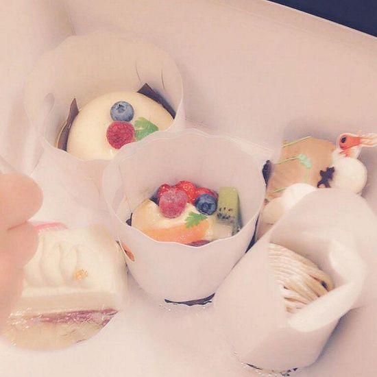 黒澤先生がくれたタルト写真撮るの忘れてたけど写真見っけた´`* Delicious Sweet タルト 誕生日 12月19日 塾 たまゆいちゃんと同じ日なんだよね