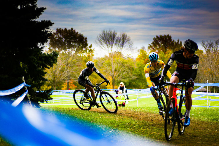 EyeEmNewHere Second Acts Mid Adult Adults Only Headwear Adventure Mature Adult Full Length Mid Adult Men Speed Control Adult Vitality Mature Men Riding Togetherness Sharing  Young Adult Day Cycling Helmet People Challenge Cx Cyclocross Cyclocross Race Inner Power Go Higher