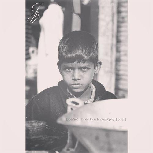 Portrait ~ 2 #_soi #travel_diaries #travel #natgeotravel #natgeo #natgeocovershot #natgeoyourshot #potrait #potraitmode #potraits_ig #potrait_of_a_boy #potraits_of_streets #photography #photowalk #streets_of_india #streets_vision #streetphotography #streets_of_uk Jnpinu Nikkor Nikkor 50mm Nikon D7100 50mm 1.4 Streetsofindia Portrait Travel Photography Travel Potraits Nikon Jagadeep Nanda Pinu Photography