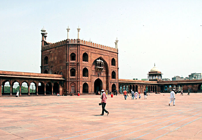 Delhi India Delhi, Photography DelhiGram EyeEm Best Shots EyeEmSelect EyeEmTraveler IndiaTravelDiaries Arch Architecture Building Exterior Built Structure Clear Sky Crowd Day Delhi, India Delhidiaries Group Of People History Indiapictures Indiatravel Indiatraveller Large Group Of People Lifestyles Mosque Architecture Mosques Mosques Of The World Outdoors Real People Sky The Past Tourism Tourist Travel Travel Destinations Visit Women