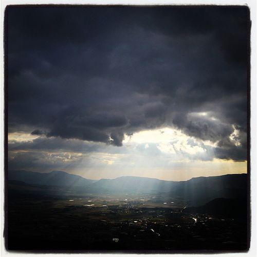 熊本。大観峰からの眺め。天使の梯子