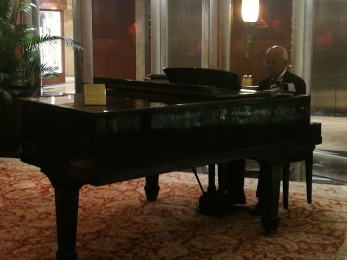 pianist playing