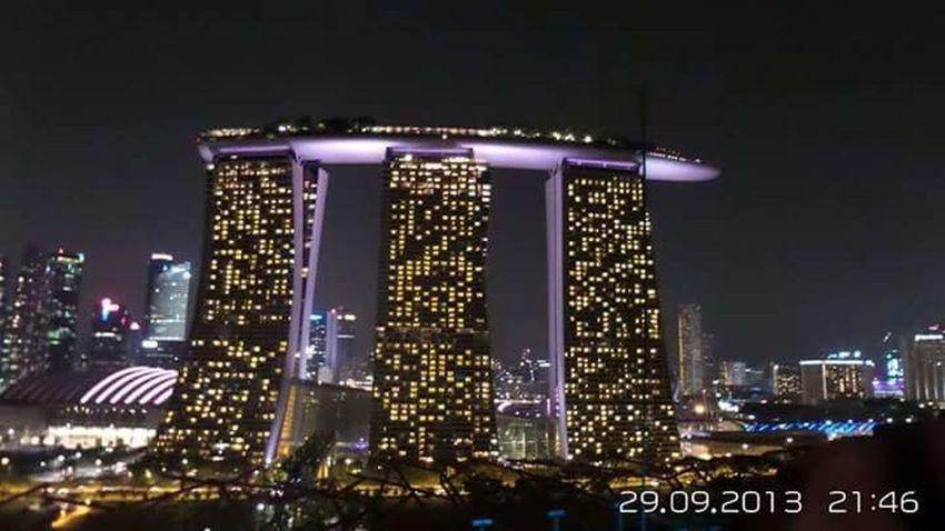 Singapore Marina Bay Sands Illuminated Night EyeEm New Here Towers Long Distance Shot No People Modern Architecture