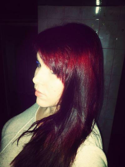 Me:) Selfie more red!!!