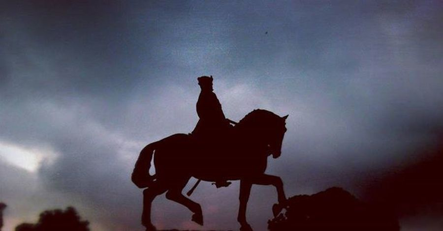 Instagram_vadodara Thephotographers Kalaghoda Baroda_vibes Barodian India Indiantouch Incredibleindia Instagood Camera_exploration @natgeoyourshot @natgeotravel @magnumphotos