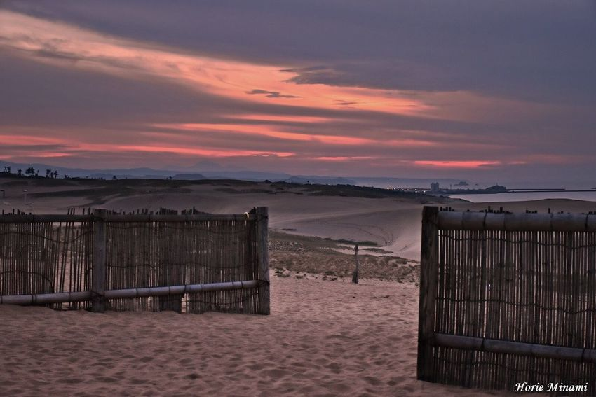 Sunset Sand EyeEm Team EyeEm Best Shots EyeEmNewHere Landscape Japan Sky Dusk 鳥取砂丘 鳥取県