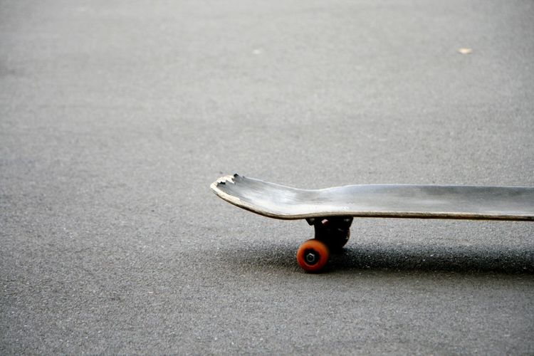 Single Object No People Close-up Day Sport Skill  Lifestyles Playing Games Skateboards Minimal Minimalism Street Photography Streetphotography City Life EyeEm Selects Be. Ready.