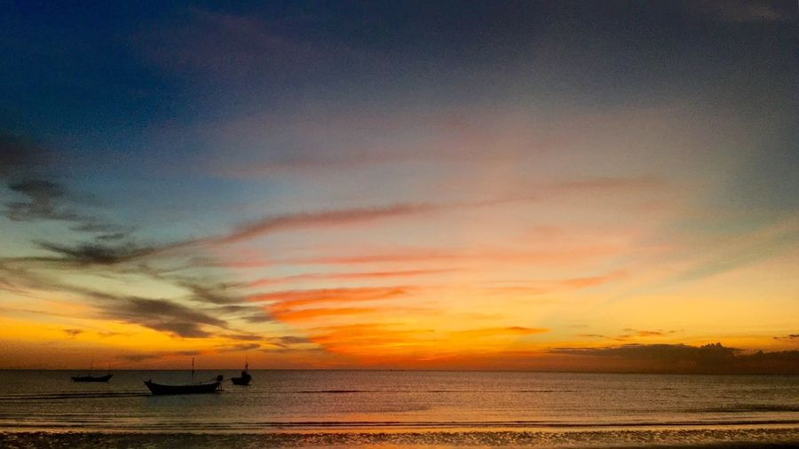 Sunset Sea Water Beauty In Nature Sky Tranquility Nature Scenics Tranquil Scene Horizon Over Water Outdoors No People Cloud - Sky Nautical Vessel Day