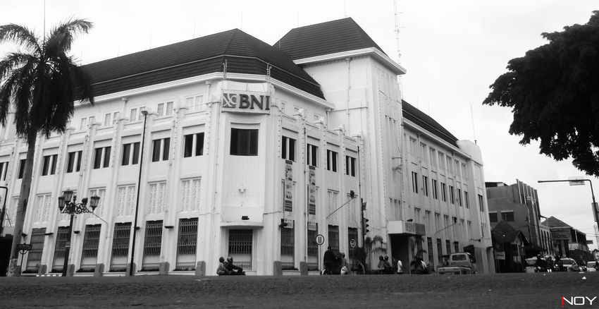 Architecture B&w Street Photography Black & White Blackandwhite Building City City Life Enjoying Life EyeEm Best Shots EyeEm Gallery EyeEm Indonesia Holiday INDONESIA Inoy Jogjakarta Low Angle View Old Architecture Old Buildings Treveling Urban