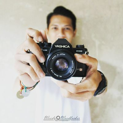 Cowok keputihan itu ga baik loh guys~ 😚😚 Iamacreativ Thecreativmovement Thecreativselfie Yashica SLR Camera