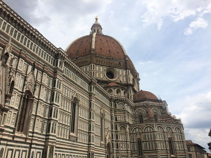 The Cattedrale di Santa Maria del Fiore or Basilica of Saint Mary of the Flower, ordinarily called Il Duomo di Firenze. Old Buildings Old Architecture Old Church Old Cathedral Gothic Style Arnolfo Di Cambio Dome Filippo Brunelleschi Polychrome Marble Panels Piazza Del Duomo Baptistery UNESCO World Heritage Site Roman Architecture Historic Florence Tuscany Largest Brick Dome Mother Church Of The Roman Catholic Archdiocese Of Florence