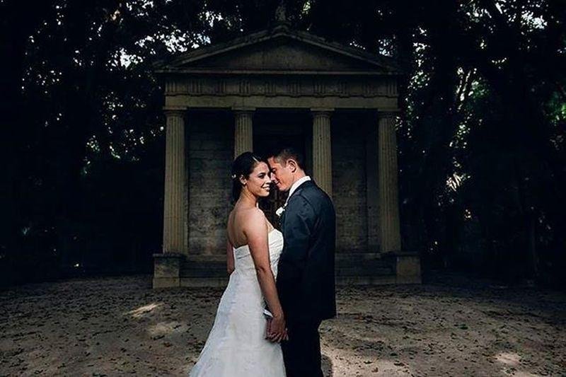 Cintia y Eduardo @zankyou_bodas @bodamas @bodasnet Postboda Jardindelaconcepcion Jardinbotanico Malaga Boda 3hvisual Fotosdeboda Amor Wedding Weddingphotographer Wedaward Fotospostboda Novios Novia Novio Bride Groom