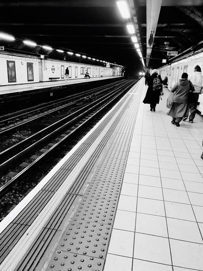 Black And White Friday Transportation Public Transportation Railroad Station Railroad Station Platform Rail Transportation Railroad Track Journey Tadaa Community Londonunderground Euston Station