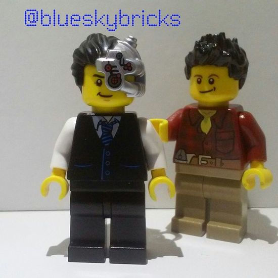 Just your average man/cyborg! I tagged @awesomemanstudios because he has an awesome account you should follow him.LEGO Cyborg Sigfig Average mannormalrobotlasereyebeawesomecouragewackylegostagrambrickcentrallizzies_legofollowlikeshoutoutcloudsnice