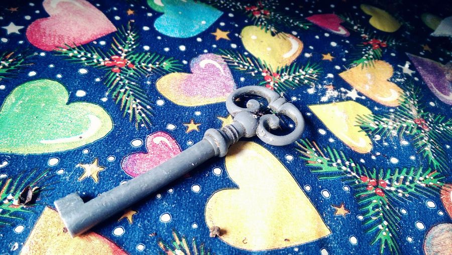 Key, Drawer, Christmas Paper, Old , Colourful, Escaping First Eyeem Photo