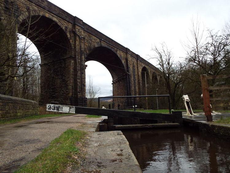 Saddleworth Viaduct in Uppermill, United Kingdom The Architect - 2016 EyeEm Awards