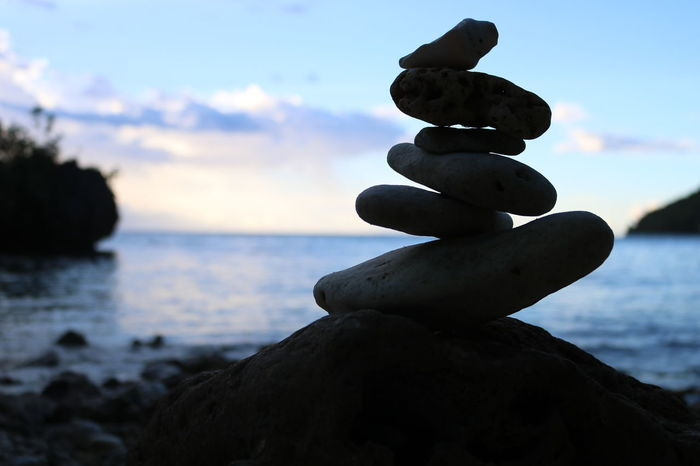 Rock Balancing Art Balancing Beachphotography Beauty In Nature Close-up Cloud - Sky Day Focus On Foreground Horizon Over Water Nature Outdoors Rock - Object Rock Balancing Rocks Scenics Sea Sky Stack Summer Tranquility Water Hinugtanbeach