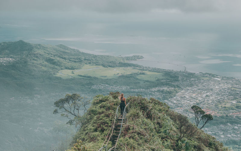 Haiku stairs, oahu hawaii